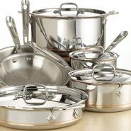 How do Cookware Materials Differ?